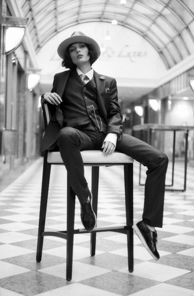 Model Lavinia in a suit of Rolf Eisenmenger Lo&Go